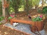 Free Charming garden bench Plan