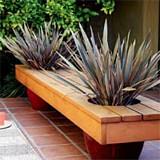 Free Easy planter bench Plan