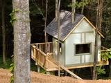 Nice Wooden Tree House plans
